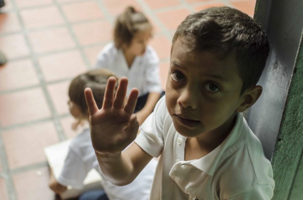 Fotos en la escuela G. Rafael Urdenata _6